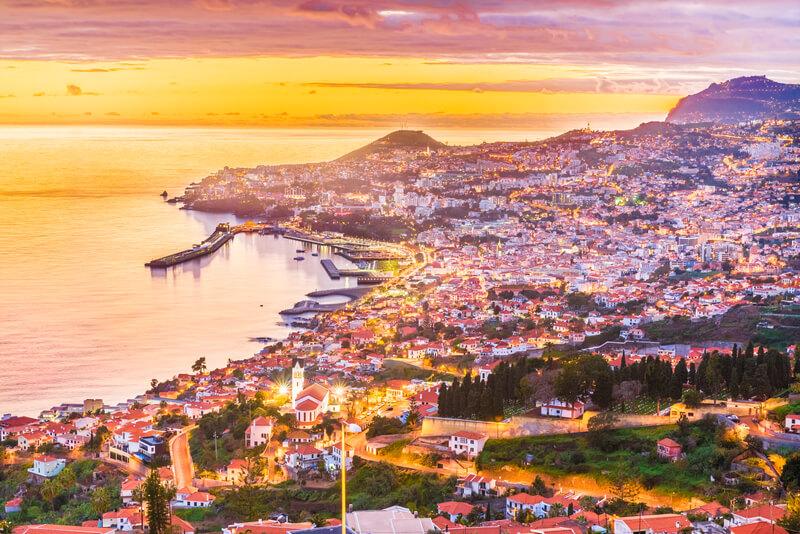 vertrek last minute naar portugal