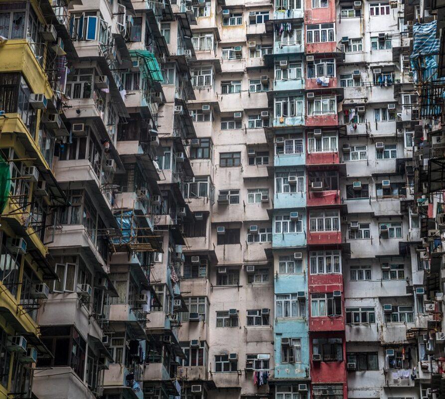 Verdwaal in het Yick Fat gebouw, een relikwie dat je terugbrengt naar Kowloon